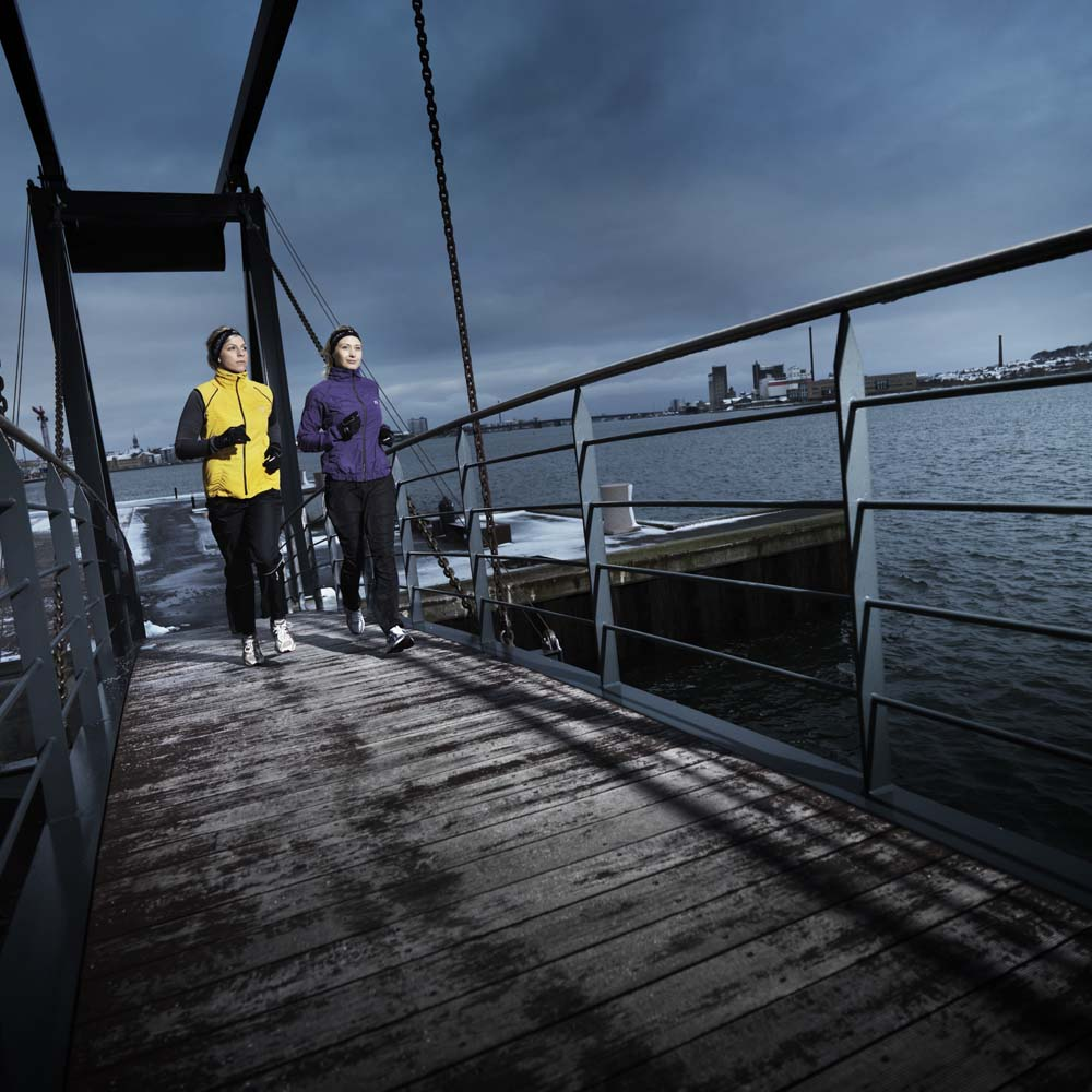 8d104c88545e Dámska módna bunda Newline Imotion Ruffle Jacket - fialová - inSPORTline
